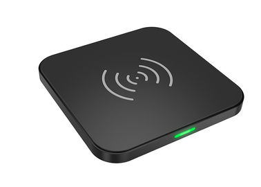 China Quick Charge Portable Wireless Charging Pad Qi Certified For Mobile Phone supplier
